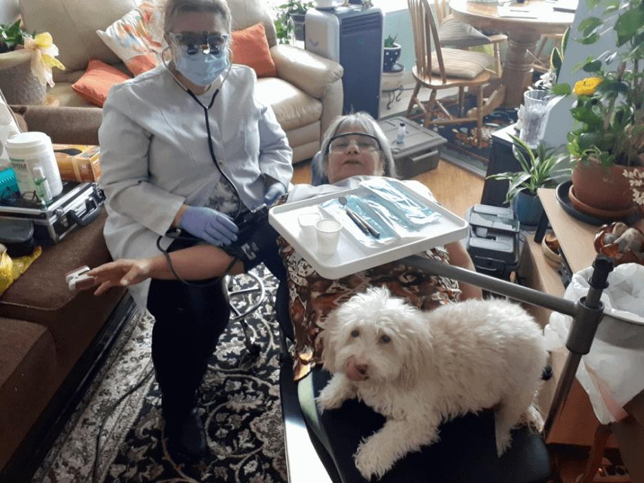 mobile denbtal care in your living room